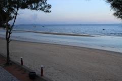 hotel-Golden-Coast-Resort-Spa-foto-beach-00012